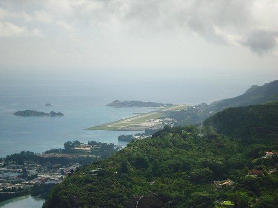 Copolia Trail: the Airport