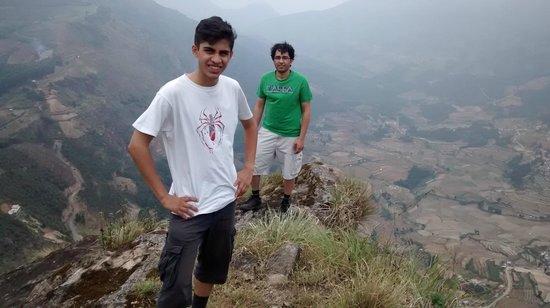 Camp Noel : Mountain trek - summit