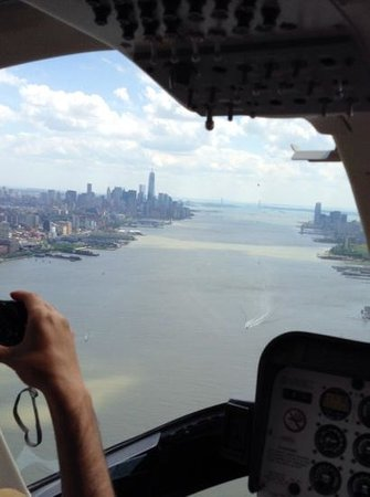 Zip Aviation - Helicopter Tours & Charters : vue cokpit