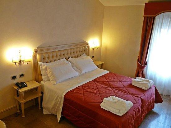 Hotel Cavour : Habitación deluxe