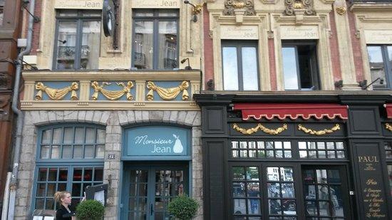 Restaurant Monsieur Jean : Detail van de gevel