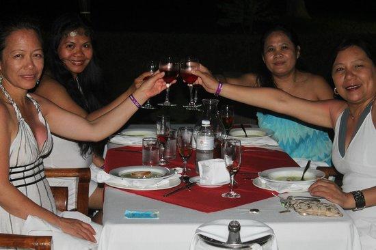 Laguna Suites Golf & Spa: Salut to the birthday celebrant!