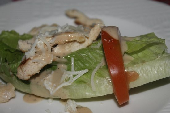 Laguna Suites Golf & Spa: delicious ceasar salad