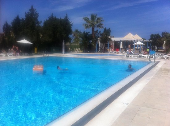 Marvell Club Hotel & Apartaments : Pool, may 2014