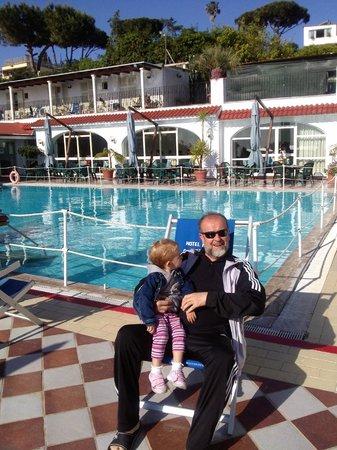 Hotel Parco Cartaromana: piscina grande