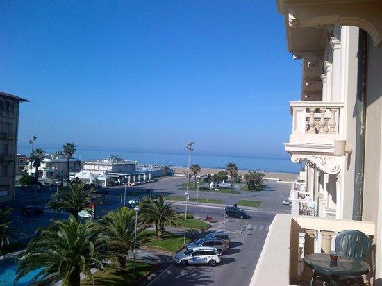 Hotel Marchionni: Vista mare