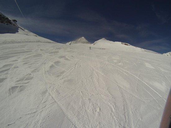 Hintertuxer Gletscher: Один из склонов.