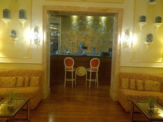 Hotel Degli Aranci: Bar