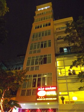 Bao Khanh Hotel: ホテル外観(上半分)