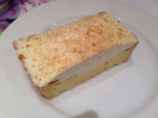 L'OCCITANE CAFE: Сырный тар