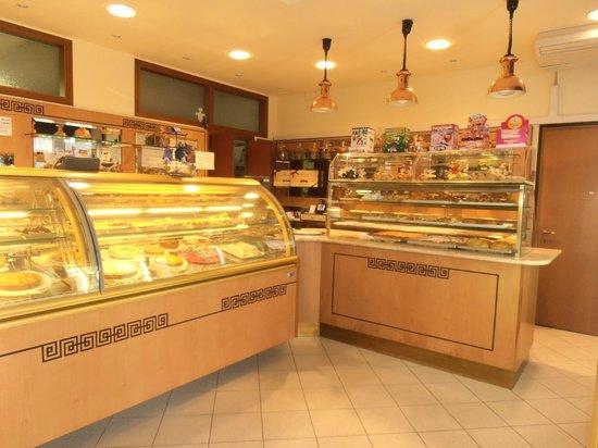 Pasticceria Guzzo: Locale