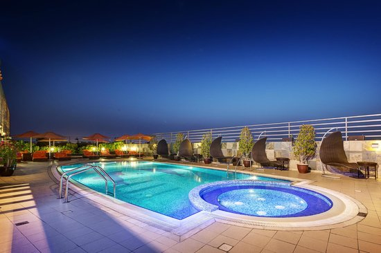 Abidos Hotel Apartment - Al Barsha: Swimming Pool