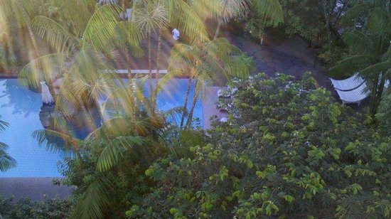 Beira Rio Hotel : pool view from my window