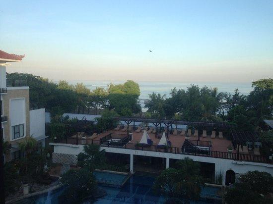 Grand Inna Kuta : Pool View Room Beach Wing