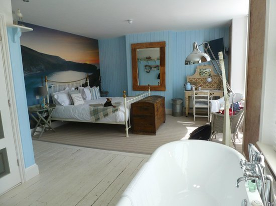 Lulworth Cove Inn : Room 1