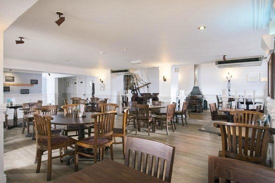 Rashleigh Arms: Restaurant