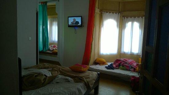 Hotel Lalgarh Fort & Palace: Room 1