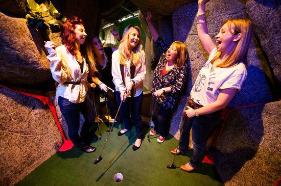 Jungle Rumble Adventure Golf: Fun for all ages