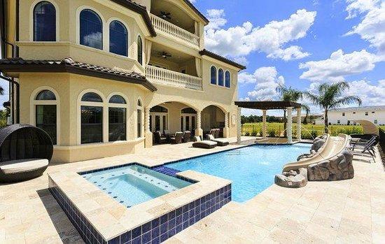 Reunion Resort of Orlando : My Private Swimming Pool