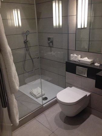 Balmoral Hotel : Bathroom