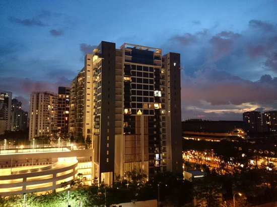 Village Hotel Katong by Far East Hospitality: View from balcony