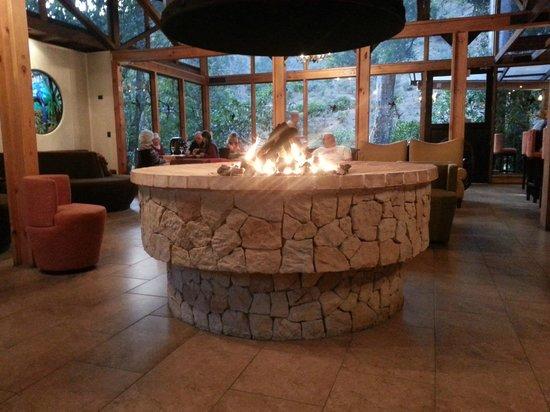 Savegre Hotel, Natural Reserve & Spa: Open fire
