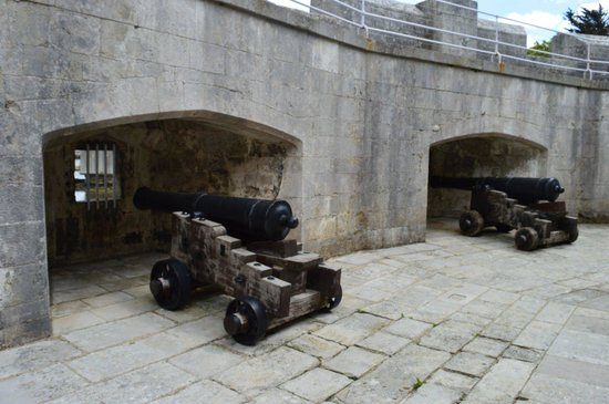 Portland Castle: Lower Gun Walk