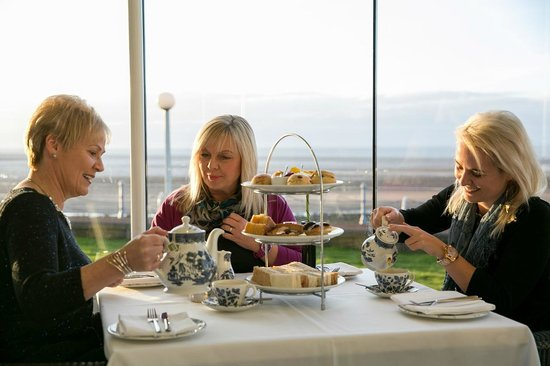 The Sun Terrace Restaurant : Afternoon tea