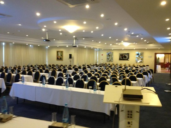 Aquamare Beach Hotel & Spa: Conference Hall