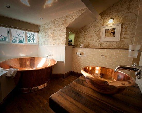 The Wild Boar: Luxury Bathroom