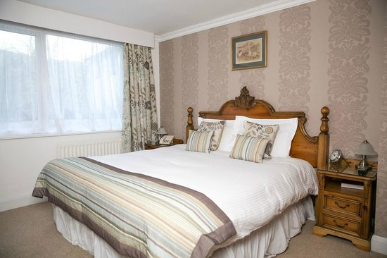 The Wild Boar: Classic Bedroom