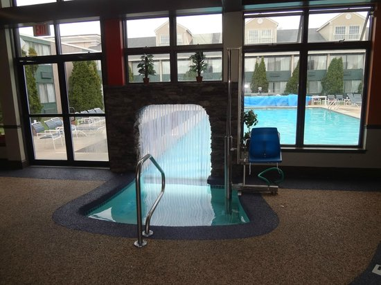 Pool Picture Of Best Western Merry Manor Inn South