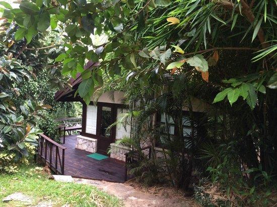 Flameback Lodges: The Villa