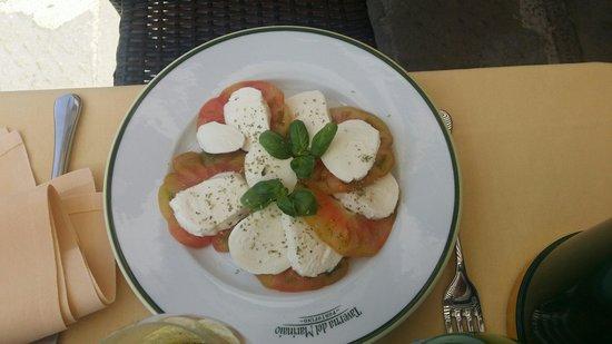 Taverna del Marinaio: Mozzarella Caprese.
