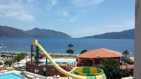 Romance Hotel Marmaris: View over the beach from balcony