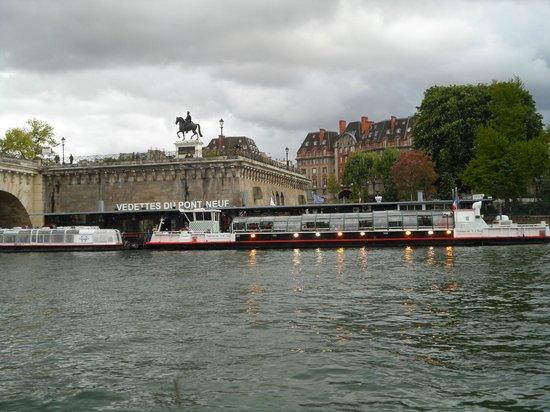 Vedettes de Paris: Vedettes Jetty