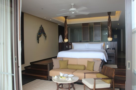 Vana Belle, A Luxury Collection Resort, Koh Samui: Stunning bedroom with views onto the sea