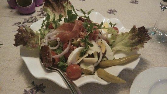 Romios : 有蕃茄乾及巴馬火腿的沙律