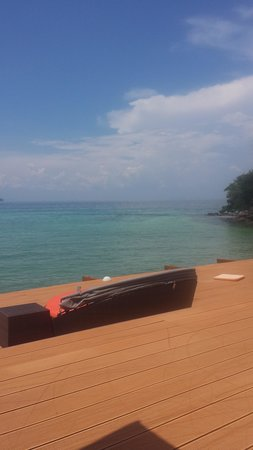 Villa 360 Resort & Spa : View from the deck. WOW!