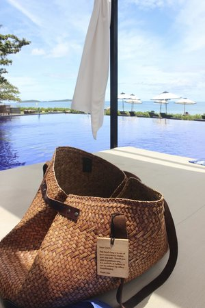 Vana Belle, A Luxury Collection Resort, Koh Samui: Most useful beach bag in history!