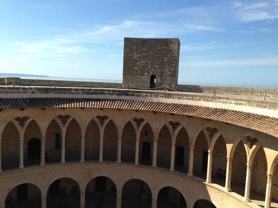 Castell de Bellver: Terrace