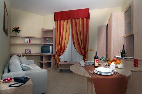 Hotel L' Oasi: Soggiorno appartamento