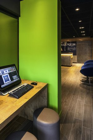 Ibis Budget Valencia Aeropuerto: Business corner