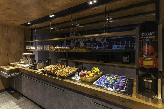 Ibis Budget Valencia Aeropuerto: Breakfast