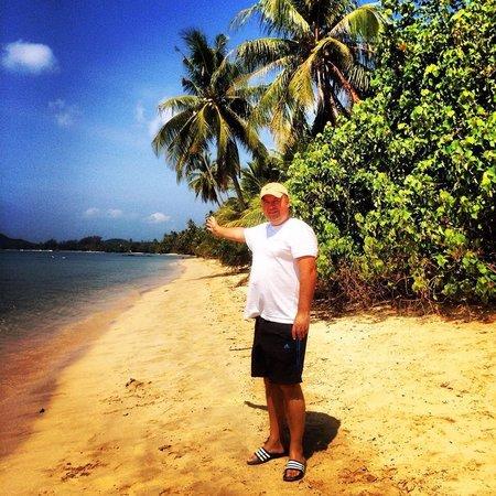Ao Kao White Sand Beach Resort: My own beach-well almost!