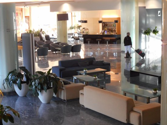 Hotel Eden - Very spacious reception