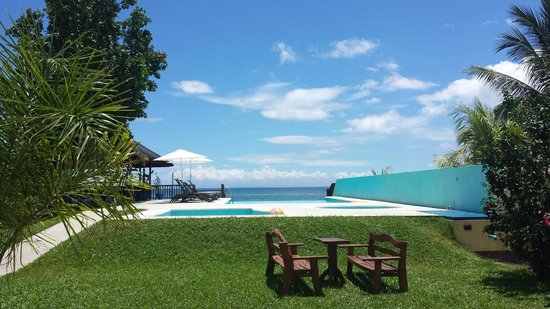 Caimito Beach Hotel: Pool area