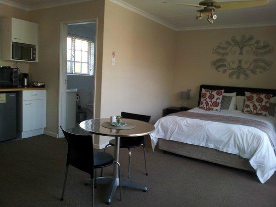Palm Beach Guesthouse : Guest Suites