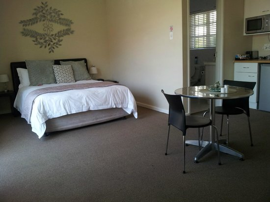 Palm Beach Guesthouse : Self contained double rooms