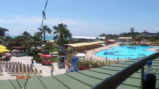 Maritim Pine Beach Resort: vue quand on dejeune...